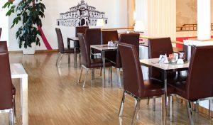 Sitzmöglichkeiten in dem Restaurant der Viba Erlebnis-Confiserie Dresden