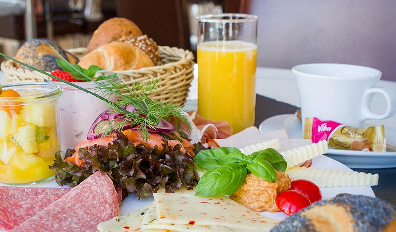 Frühstücks-Buffet zu Weihnachten<span class=